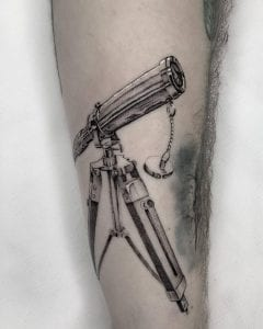 Single Needle tattoo on the skin
