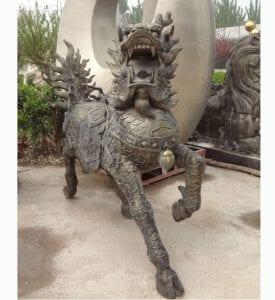 Kirin statue