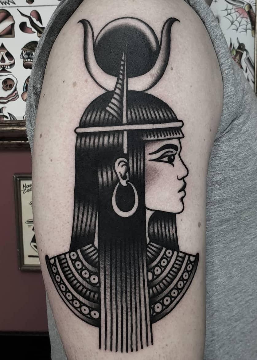 40+ Hathor Tattoos: Origins, Meanings & Common Themes