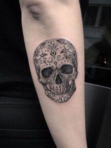 70 Sugar Skull Tattoos Origins Meanings Symbolism 2020 Guide