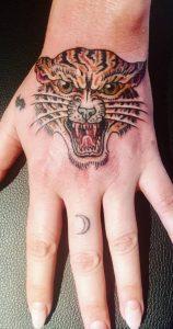 Kesha's tiger tattoo