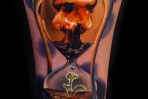Hourglass Tattoos: Meanings, Common Themes & Artists