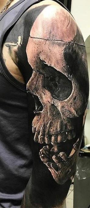 Realistic Black and Grey Skull Tattoo