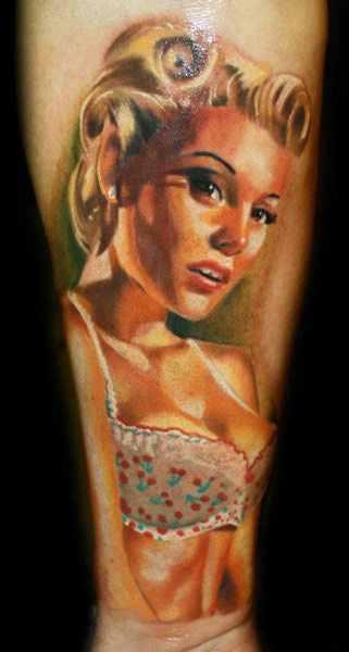 Portrait Pin-Up Tattoo