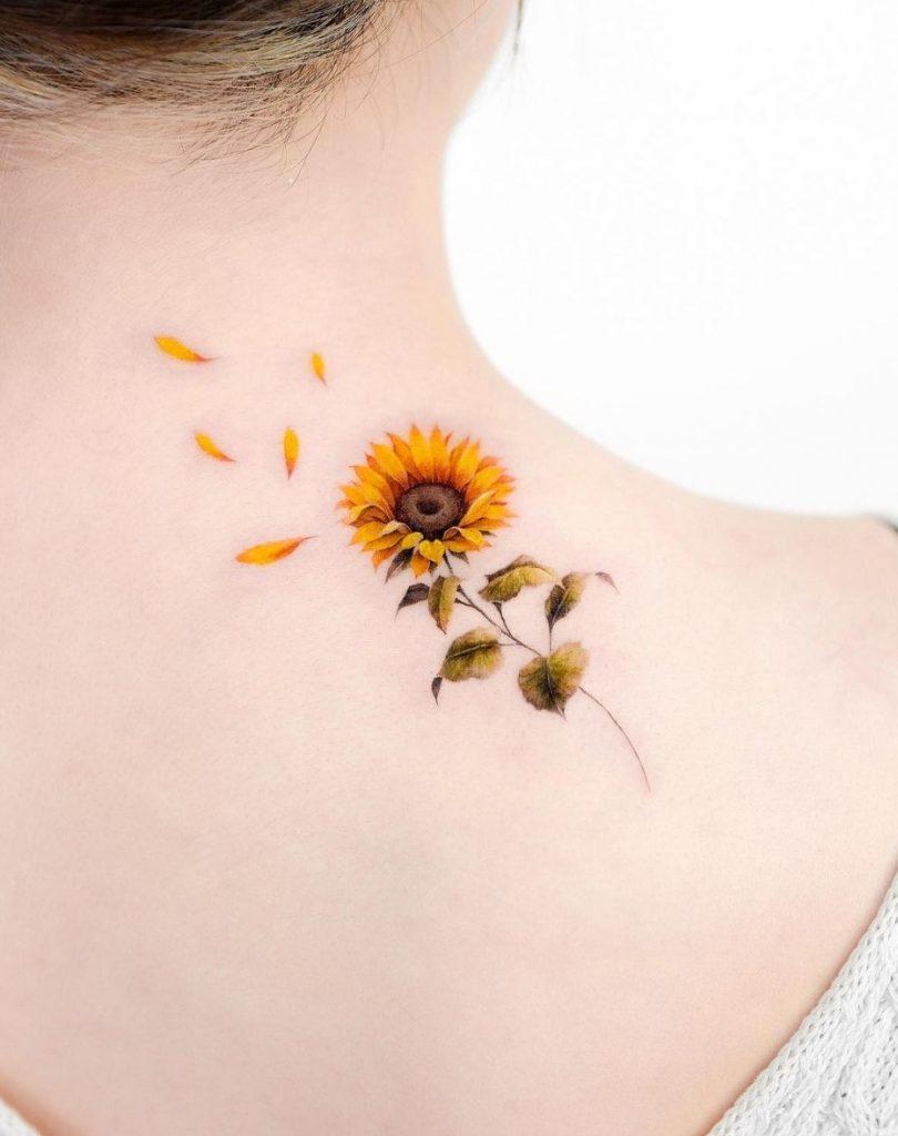Micro-realist Flower Tattoo