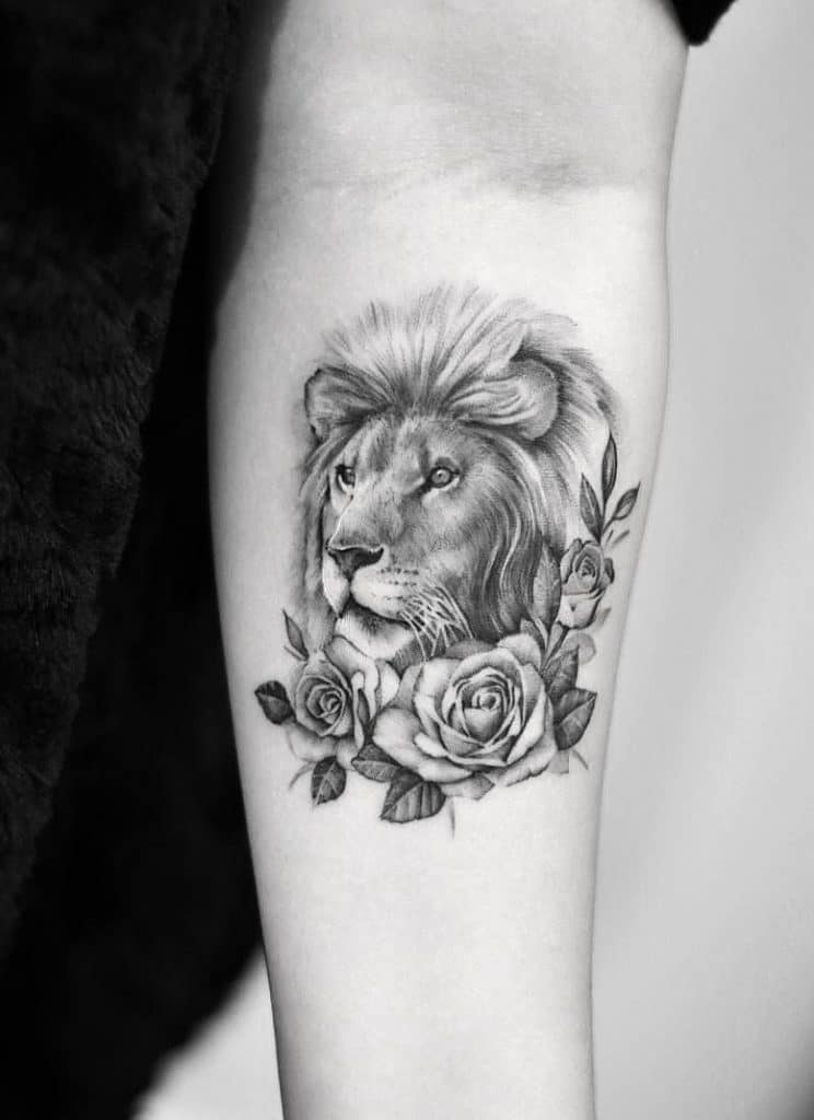 Lion Tattoo with Rose Tattoos