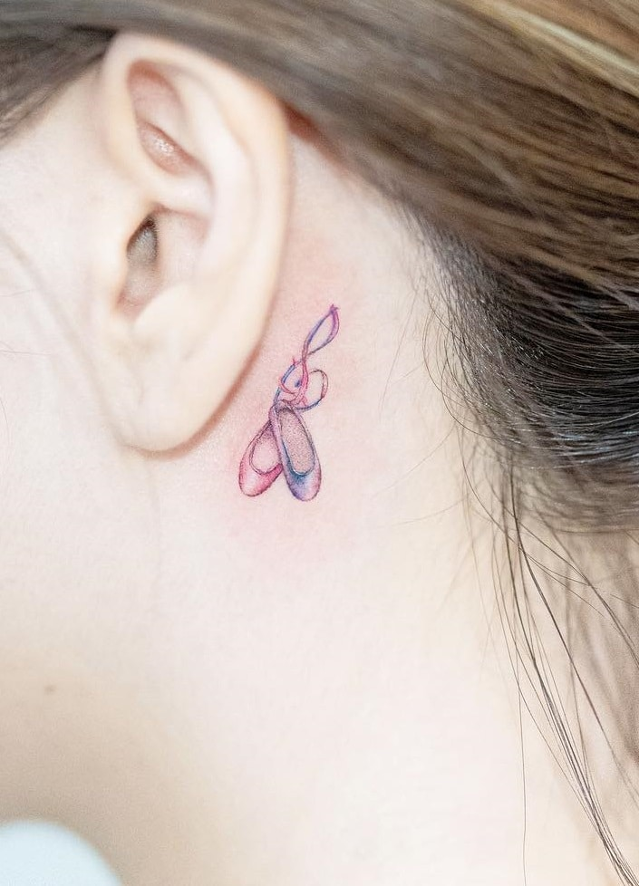 Small tattoos behind the Ear